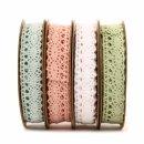 Spitzenband in vier verschiedenen Farben