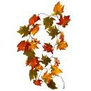 Herbstliche Deko Girlande mit Laub und Beeren